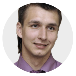 Петр Савинов