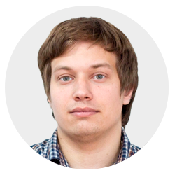 Максим Акулов